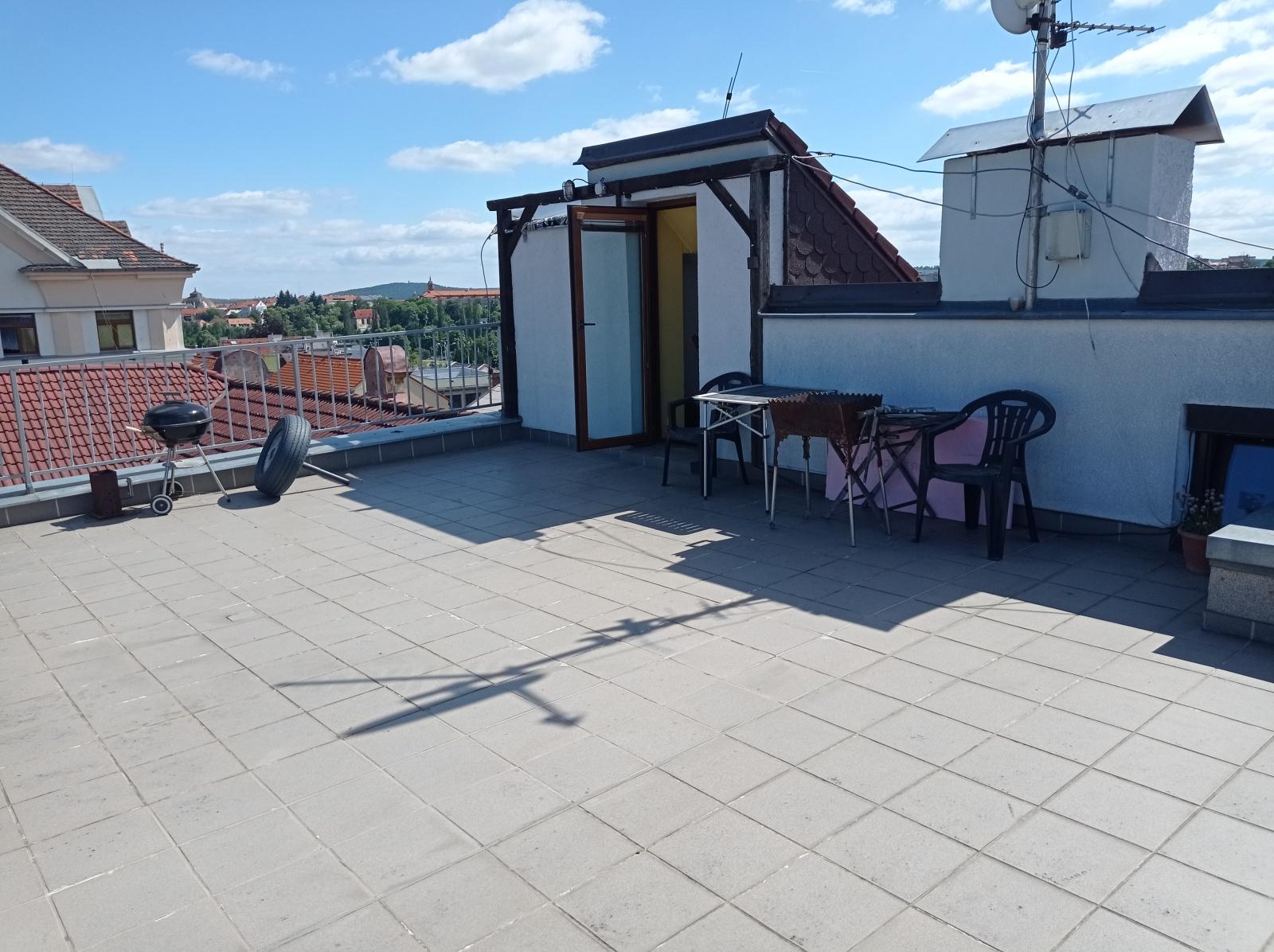 Pronájem, byt 2+kk s terasou, ul. Plovární, Plzeň - město