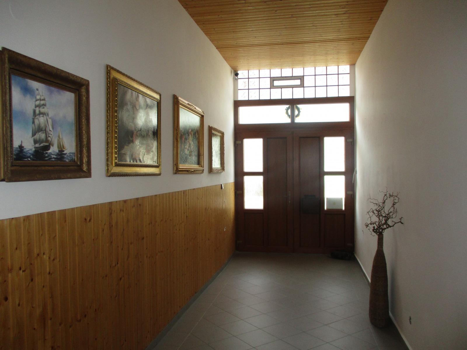 Pronájem, byt 1+kk, ul. Vinohradská, Plzeň - město