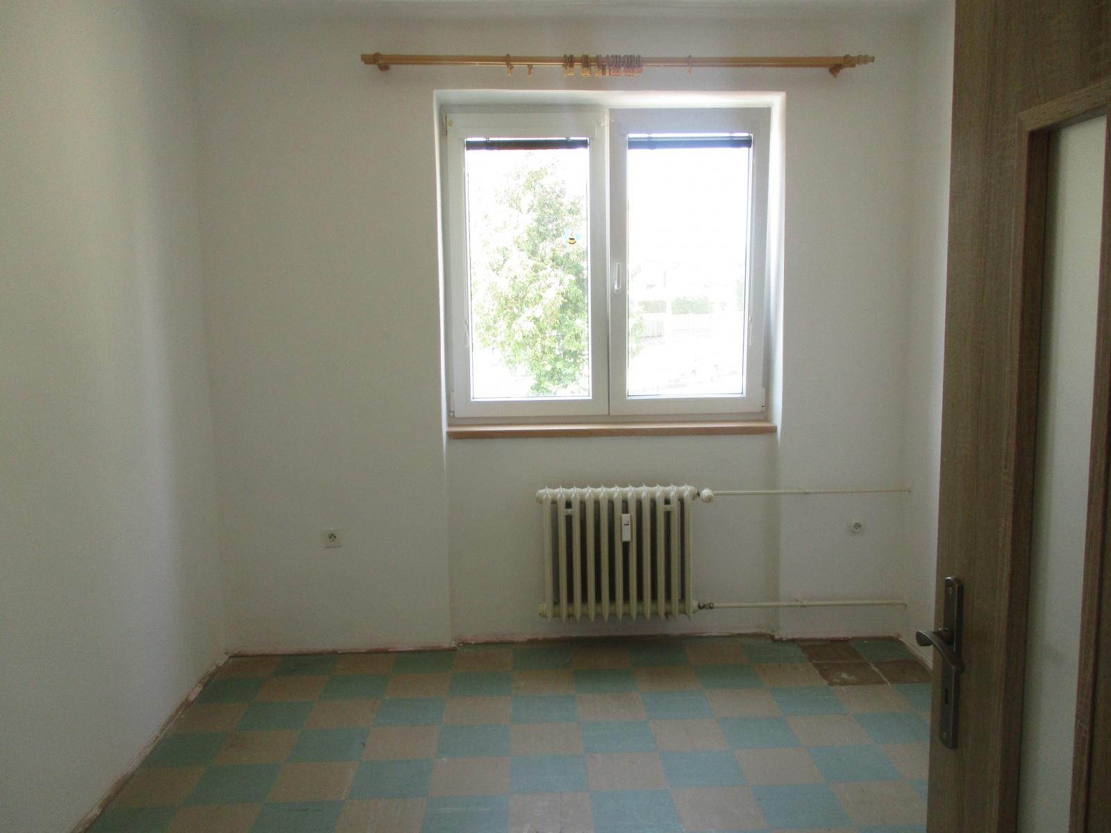 Prodej, byt 3+1+B, ul. Smetanova, Přeštice, okres PJ