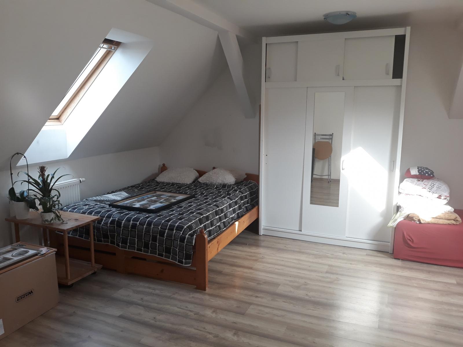 Pronájem, byt 2+kk, Božkovské náměstí, Plzeň