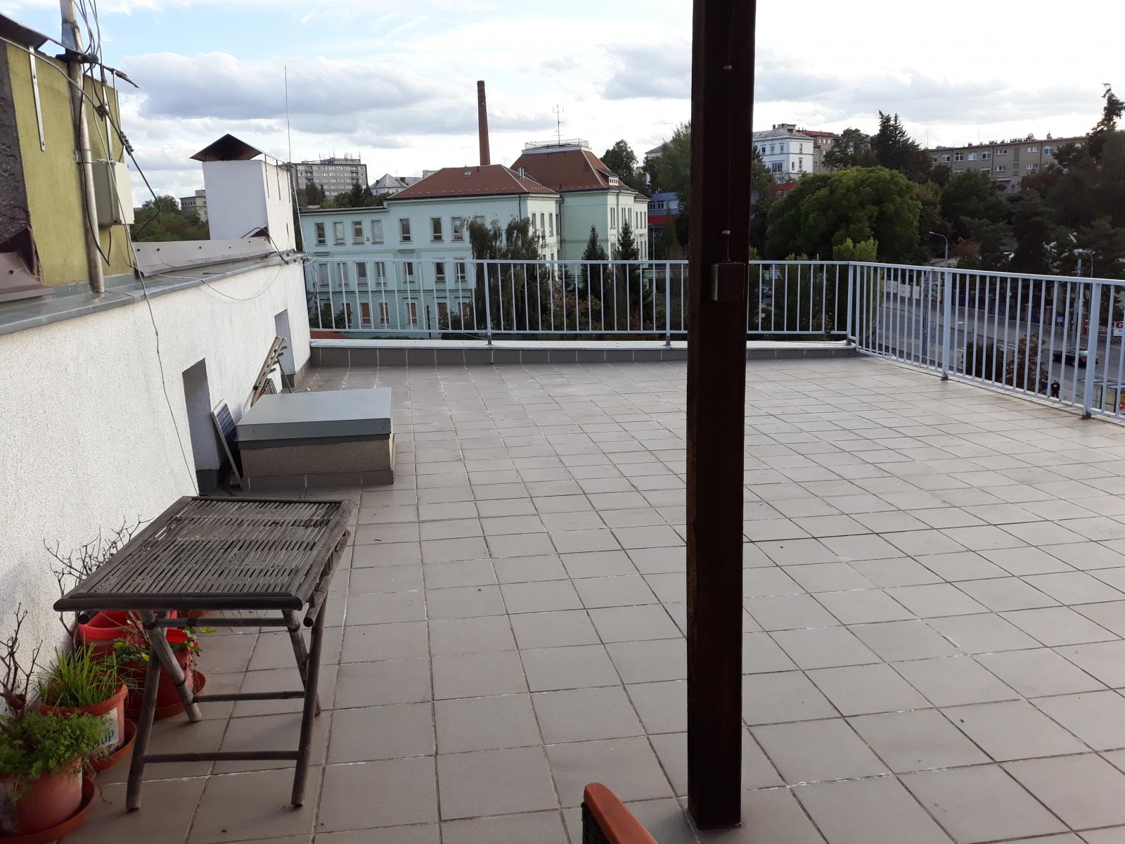 Pronájem, byt 2+kk, ul. Plovární, Plzeň - město